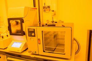 cleanroom vacuum oven amsterdam nanocenter